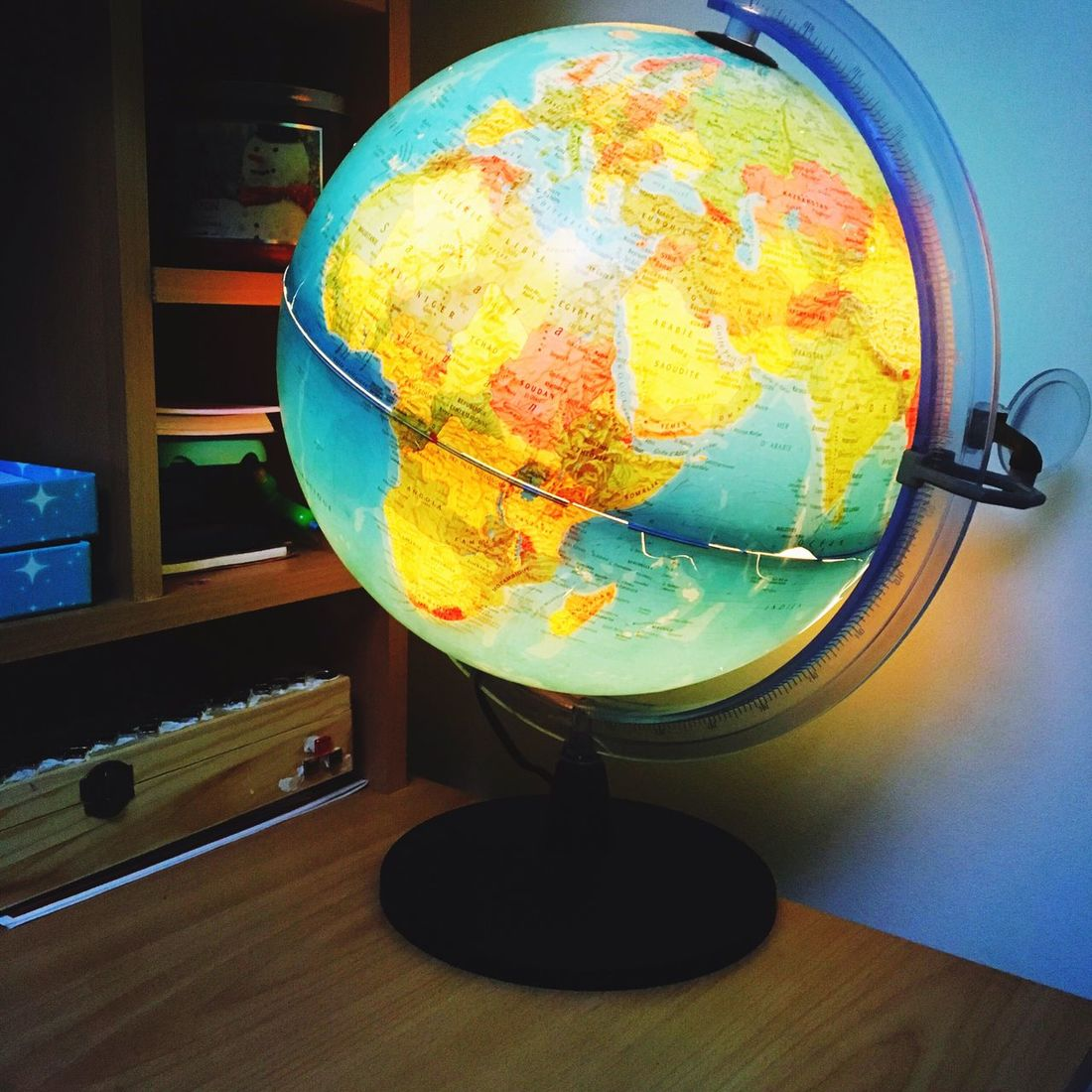 World Travel Traveling Globe Passion Voyage IPhoneography Iphonephotography Memories Enviedevacances enviedevoyage Envie Dream Voyagerofworlds Iphone6s Globe_travel Globe Lumière lumineux Photography Photographic Memory Weekend Rêve Jeunesse young Young Adult