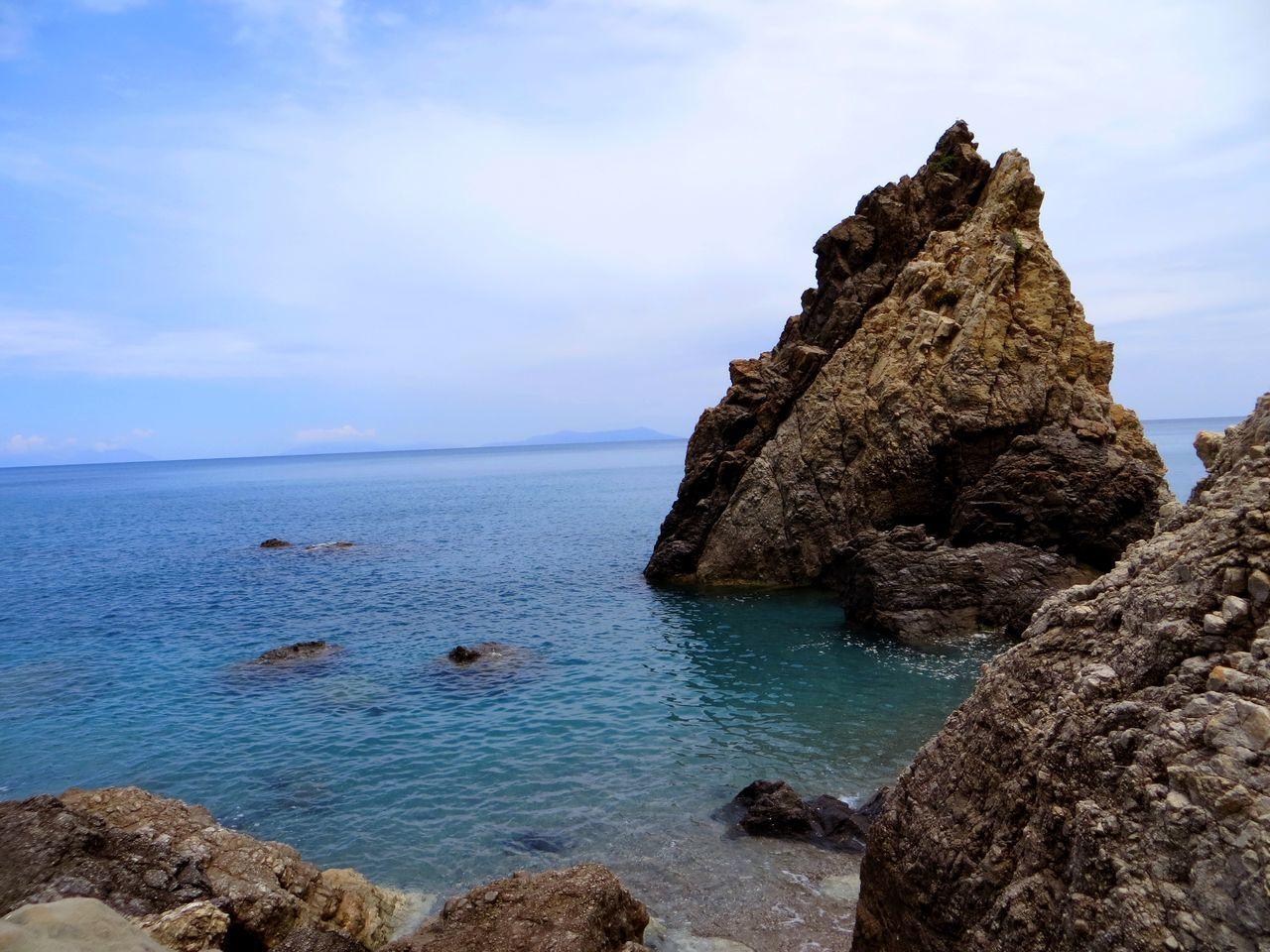 Beautiful stock photos of rock, Blue, Coastline, Day, Horizon Over Water
