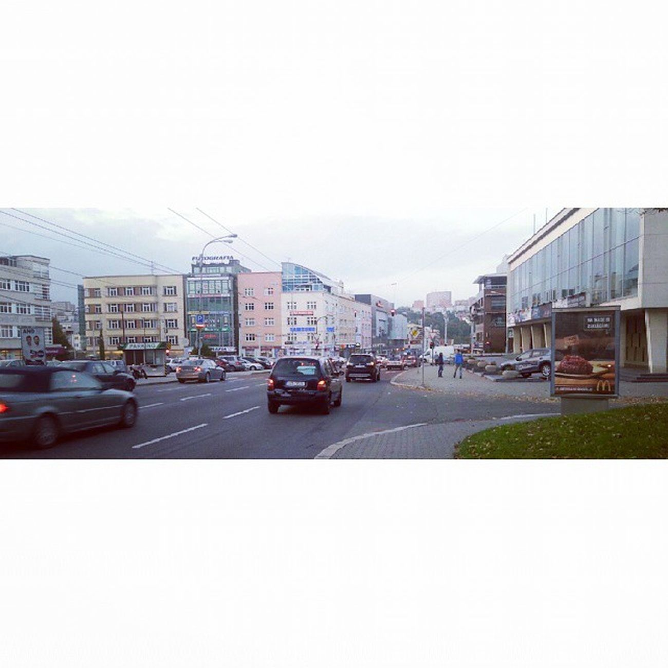 Zlin City Jiznisvahy Samsung nokia goldenapple insta