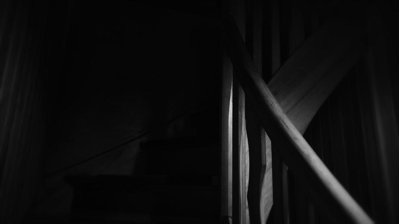 Treppe Bei Nacht Bw Altes Haus Minimalism Treppengeländer