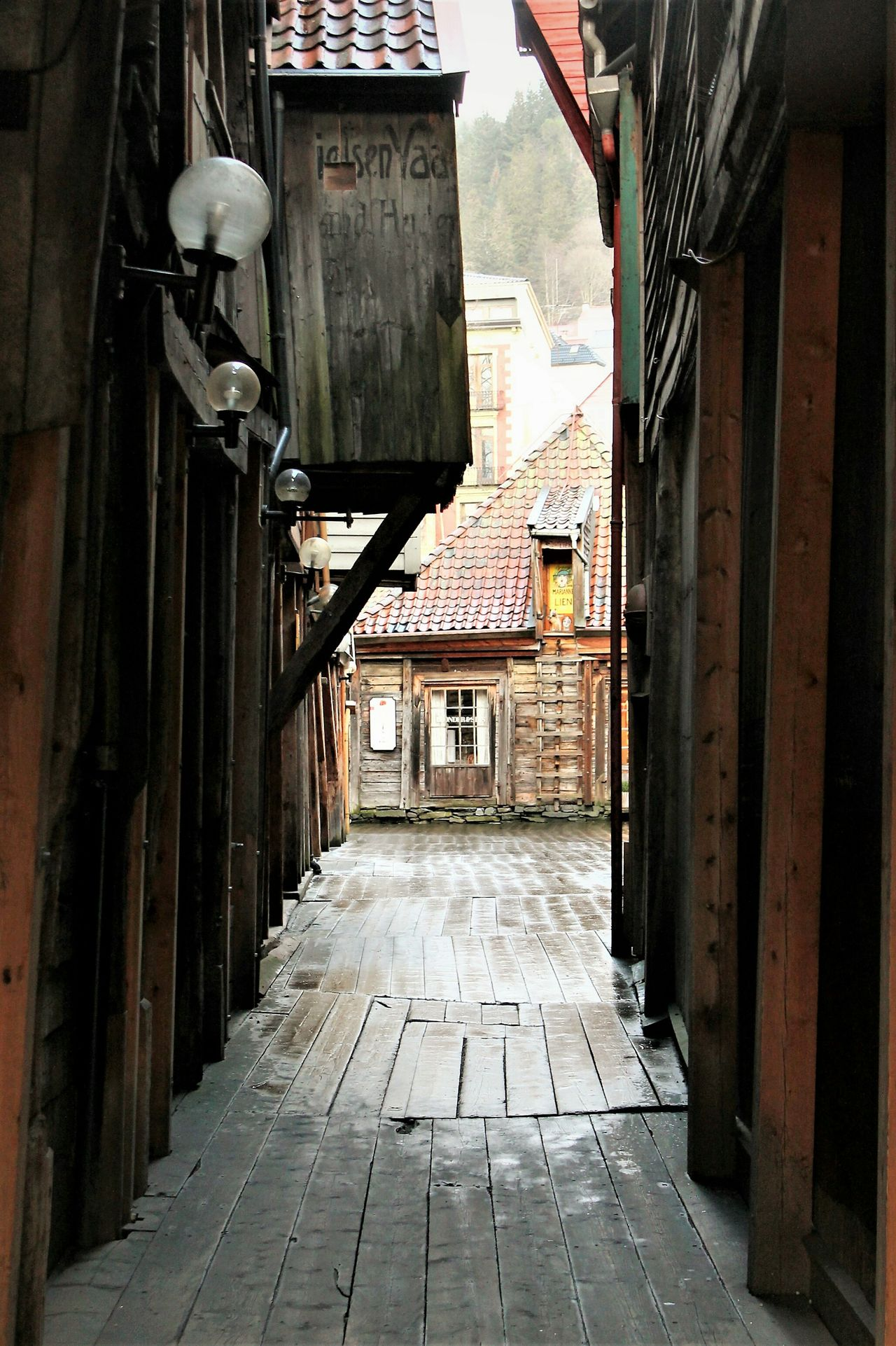 Bergen Oldtown Wooden Structure Harbourside Built Structure Architecture Building Exterior The Way Forward Steps NorwayTourism Travel Destinations Visitnorway Cityscape Norway Eyem Gallery City No People Day City Outdoors
