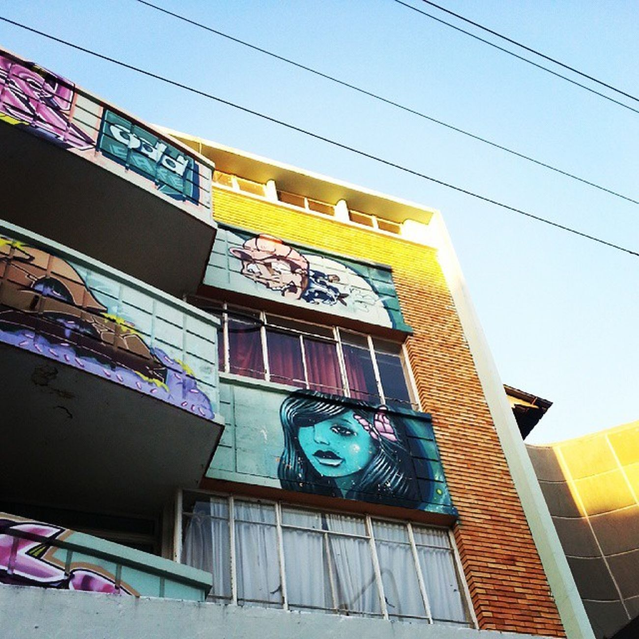 Greenside Southafrica Theplacesigo Graffiti Apartments