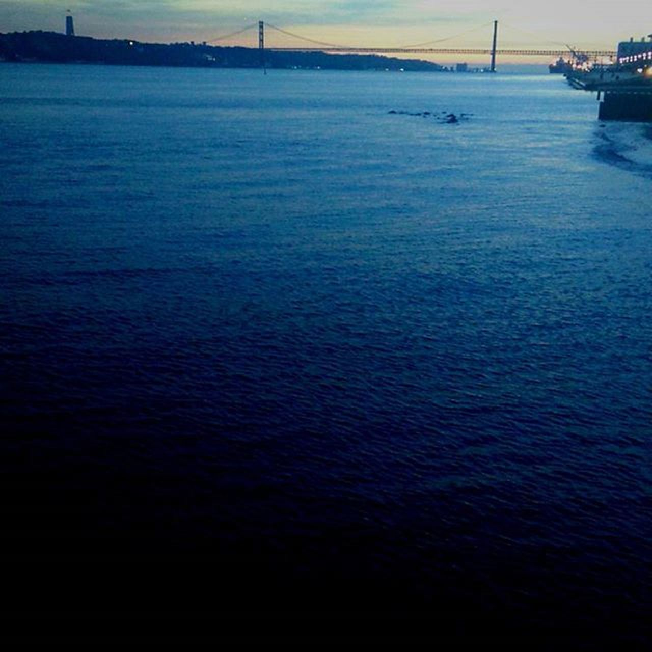Goodevening  Sunset Portugaldenorteasul Lisbonlovers Caisdascolunas Igersoftheday Igers Faded_world Faded Bng Bnw_captures Mysquarehere Blue River Tejo Lovemycountry Enjoyit Life Liveit Enjoylife Lifeisbeautiful Lifeisshort P3 Bridge Seeyoutomorrow laliphotography landscape