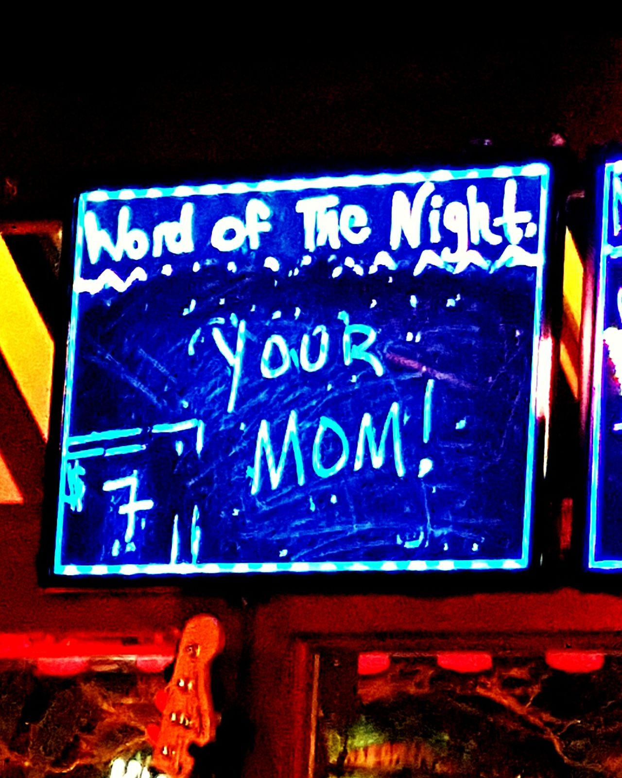 Barsign Illuminated Communication Yourmom  Beer PianoBar