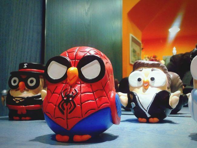 """Spiderman Owl"". Goofy Gufetti Statuine Figurines  Uomo Ragno Spiderman Mobile Photography S3mini Camerazoomfx in HDR shooting mode plus Eyeemfilter Urban"
