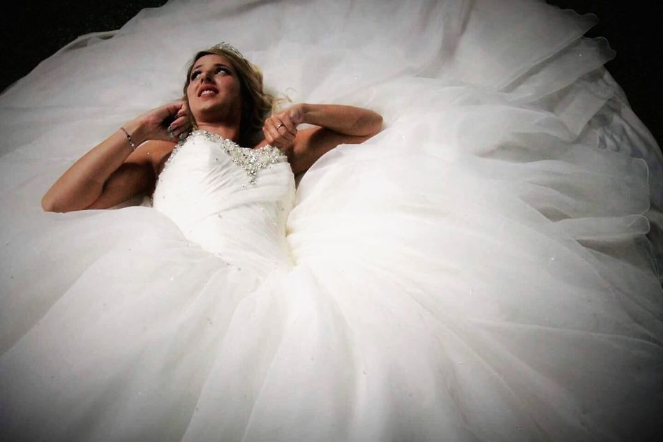 White Color Wedding Dress Taking Photos Justmarried💑 Happy Photography