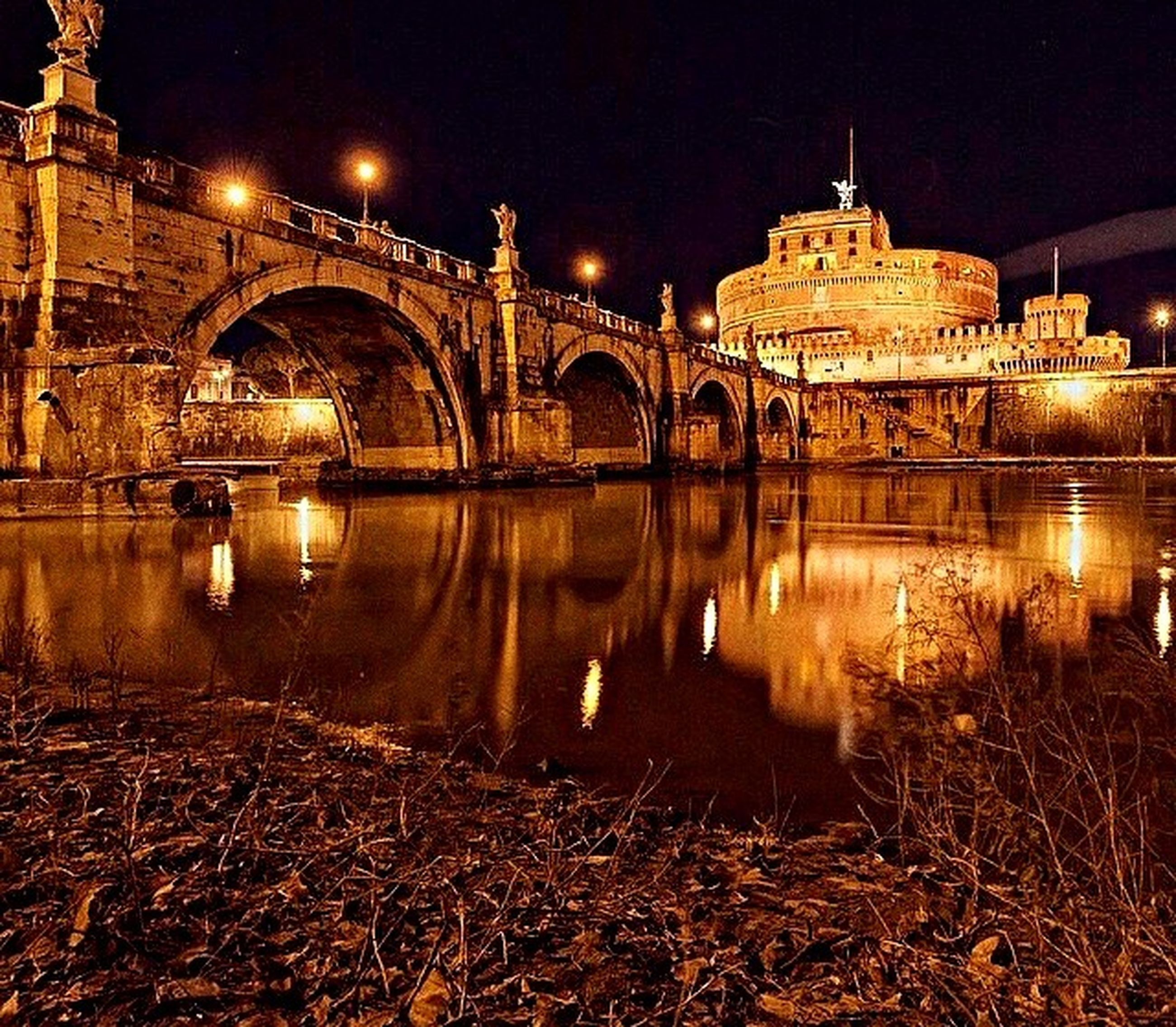 architecture, built structure, connection, illuminated, night, bridge - man made structure, water, river, reflection, arch bridge, arch, engineering, bridge, building exterior, transportation, travel destinations, waterfront, city, famous place, travel