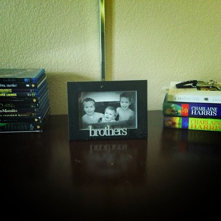 My Favorite part of my temporary home...Missmyboys Dyingontheinside Hotellife picoftheday lovemyboys