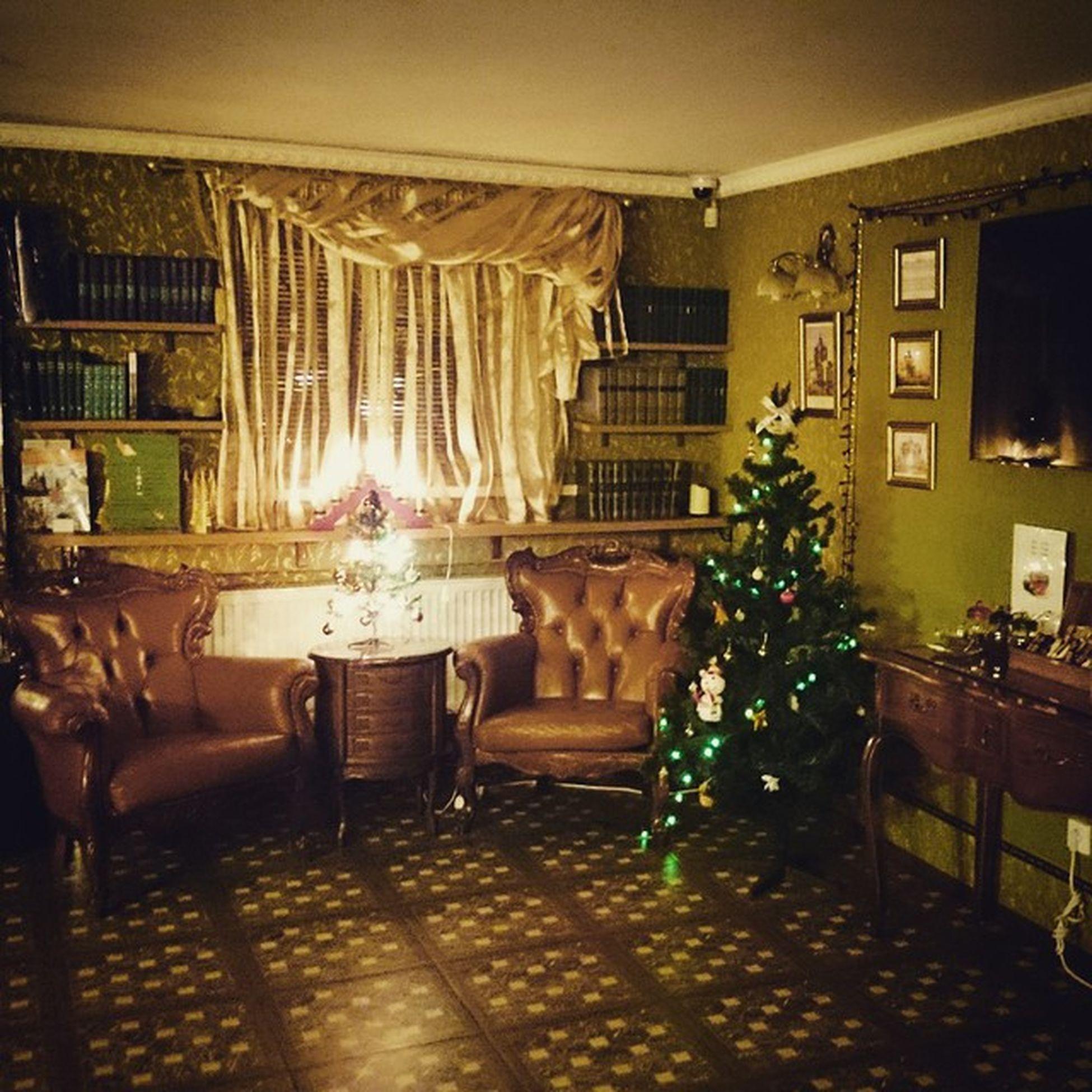 приятного вечера приятнаяработа стасовотель новыйгод stasovhotel singulariat atstasovhotel