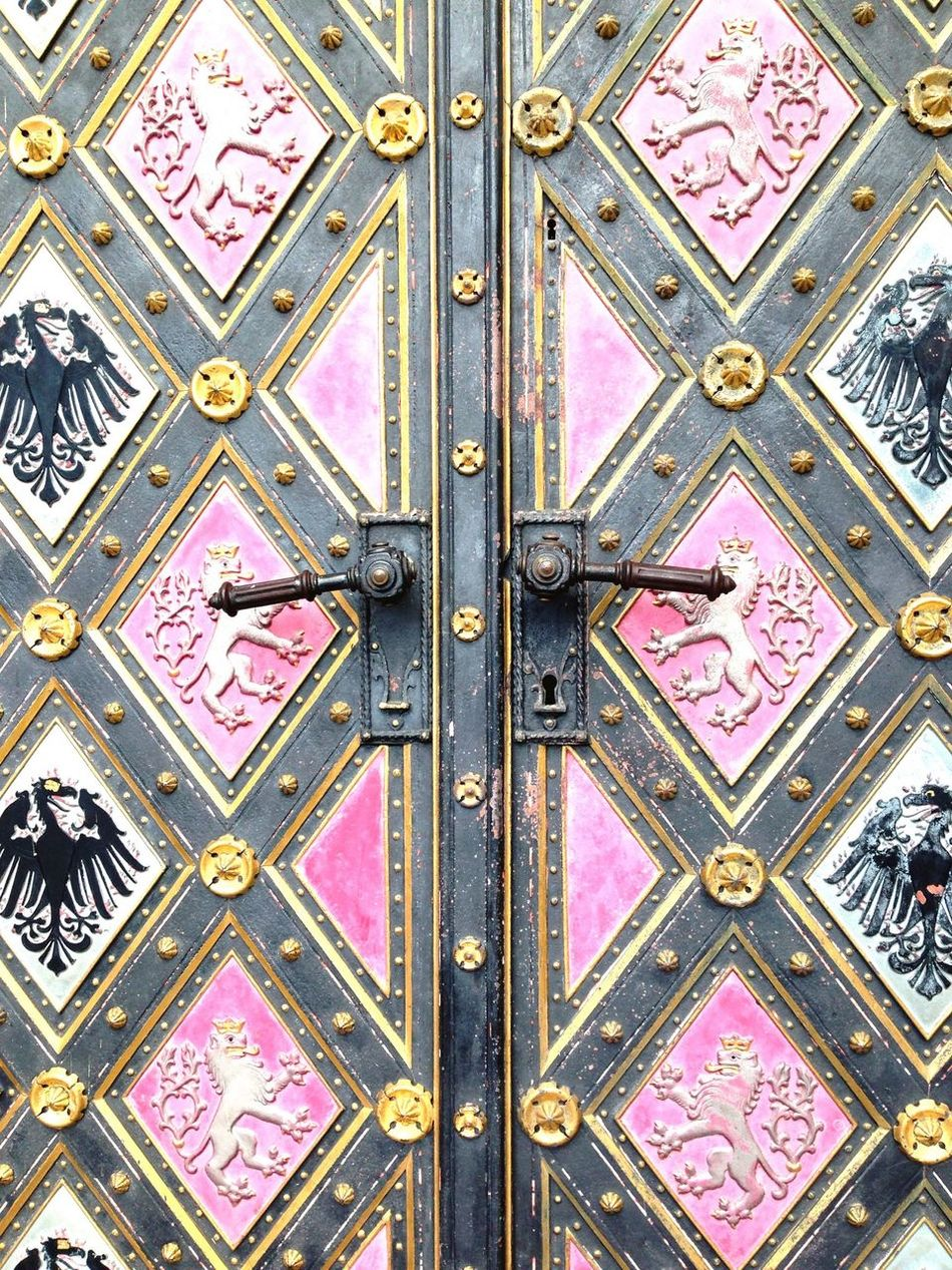 Beautiful stock photos of europe, Animal Representation, Art, Art And Craft, Carving - Craft Product