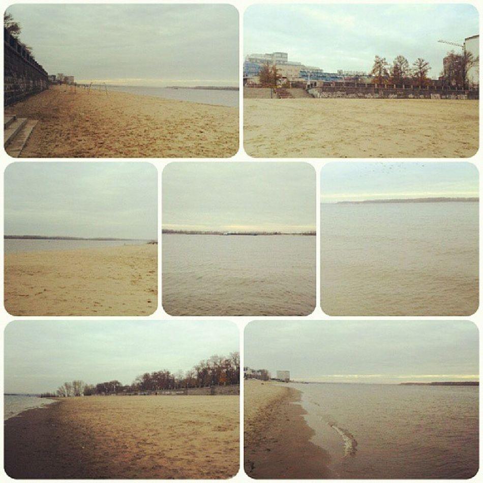 бегали на набе набережная река Волга Самара Россия Samara river Volga Russia РФ день пляж