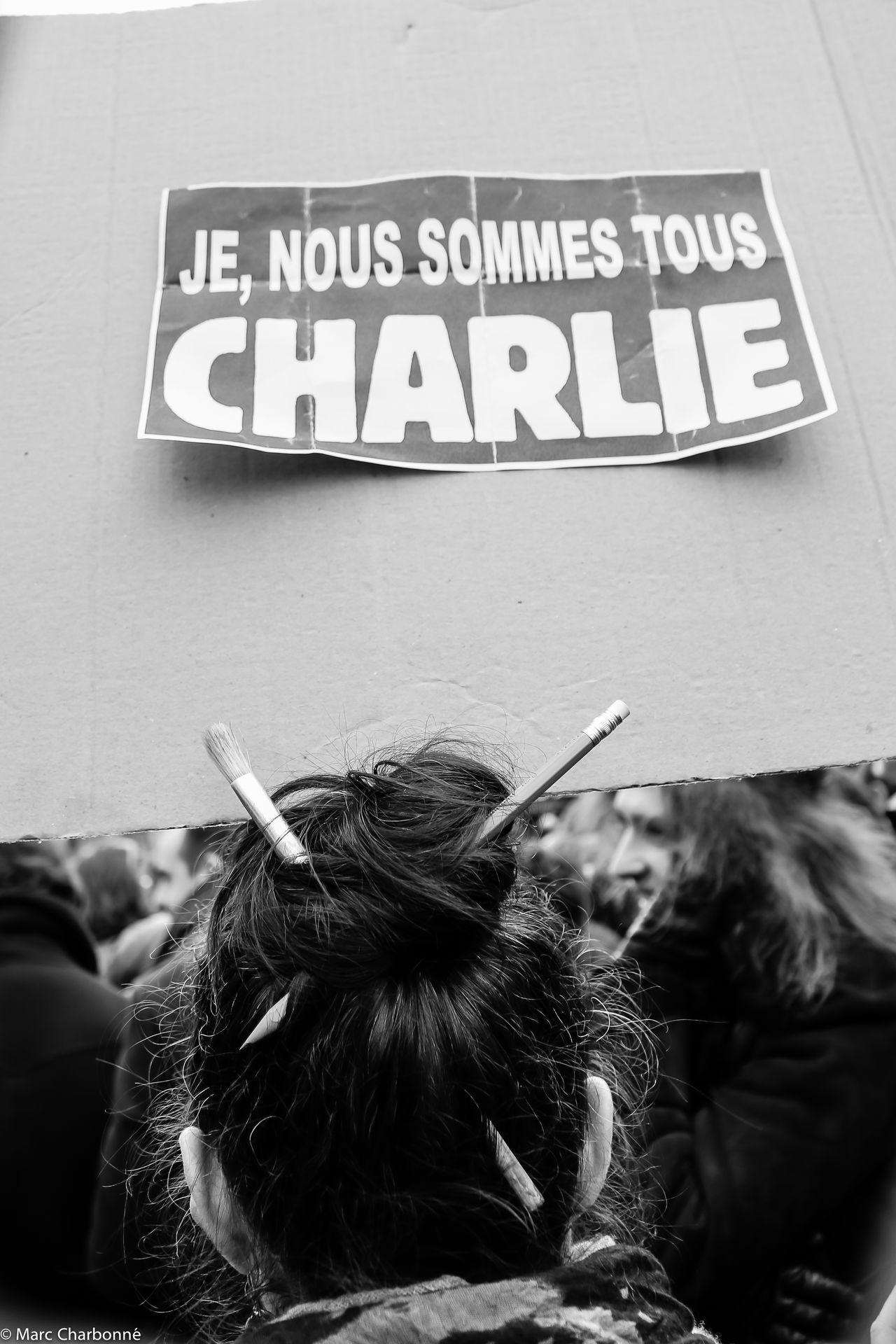 Attentat Attentat Paris Charlie Charliehebdo Communication Information Information Sign Manifestation Manifestation Contre Le Terrorisme Paris Sign Symbol Western Script