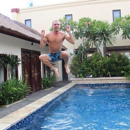 Swimmingpool Hotel Bali Jumbaran Jump Jumping Jumpshot Awesome Cool Midairmeditation Levitation Me Livingthedream