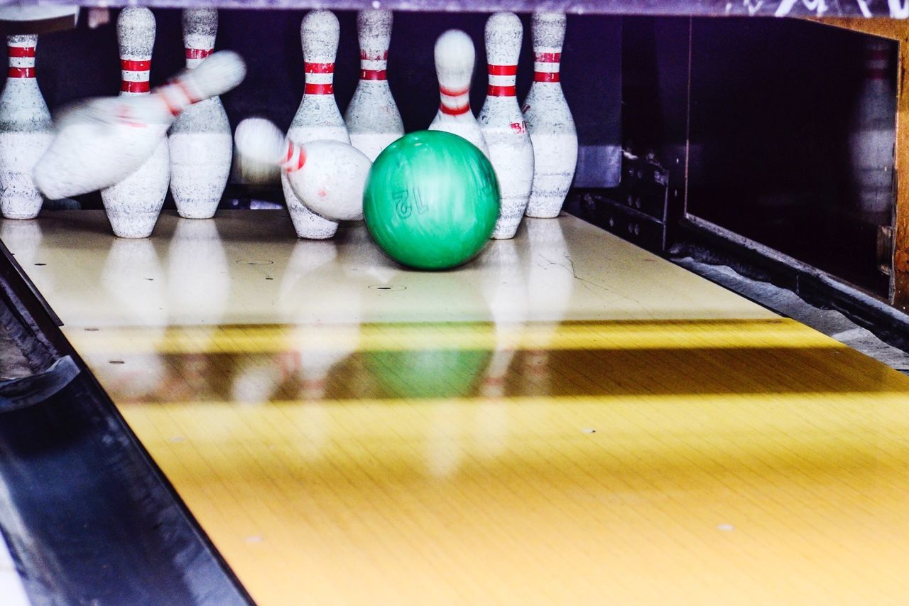 Beautiful stock photos of bowling, Accuracy, Ball, Blurred Motion, Bowling Alley