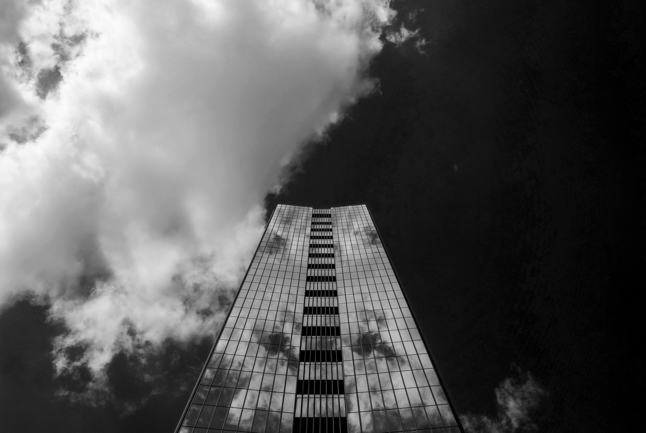Samebuildingdifferentlook Adapted To The City Architectural Feature Architecture Architecture_bw Architecture_collection Architecturelovers Black & White Building Exterior Buildings & Sky Built Structure City Cityexplorer Citylife Cityscape Cloud - Sky Clouds And Sky Day Façade Low Angle View Monochrome Reflection Reflection_collection Sky Skyscraper