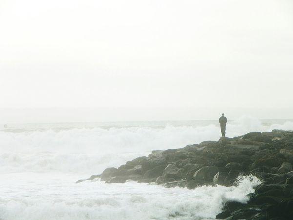 VenturaBeach Ventura Beach Beach Life Beachlife Beachlovers Beachlover Water Ocean OceanWaves Oceanwater Waves Waves, Ocean, Nature Waves And Rocks Rocks Alone Alone Time Alonetime Waves Crashing Wave Bymyself Solo Relaxing Splash Splashing