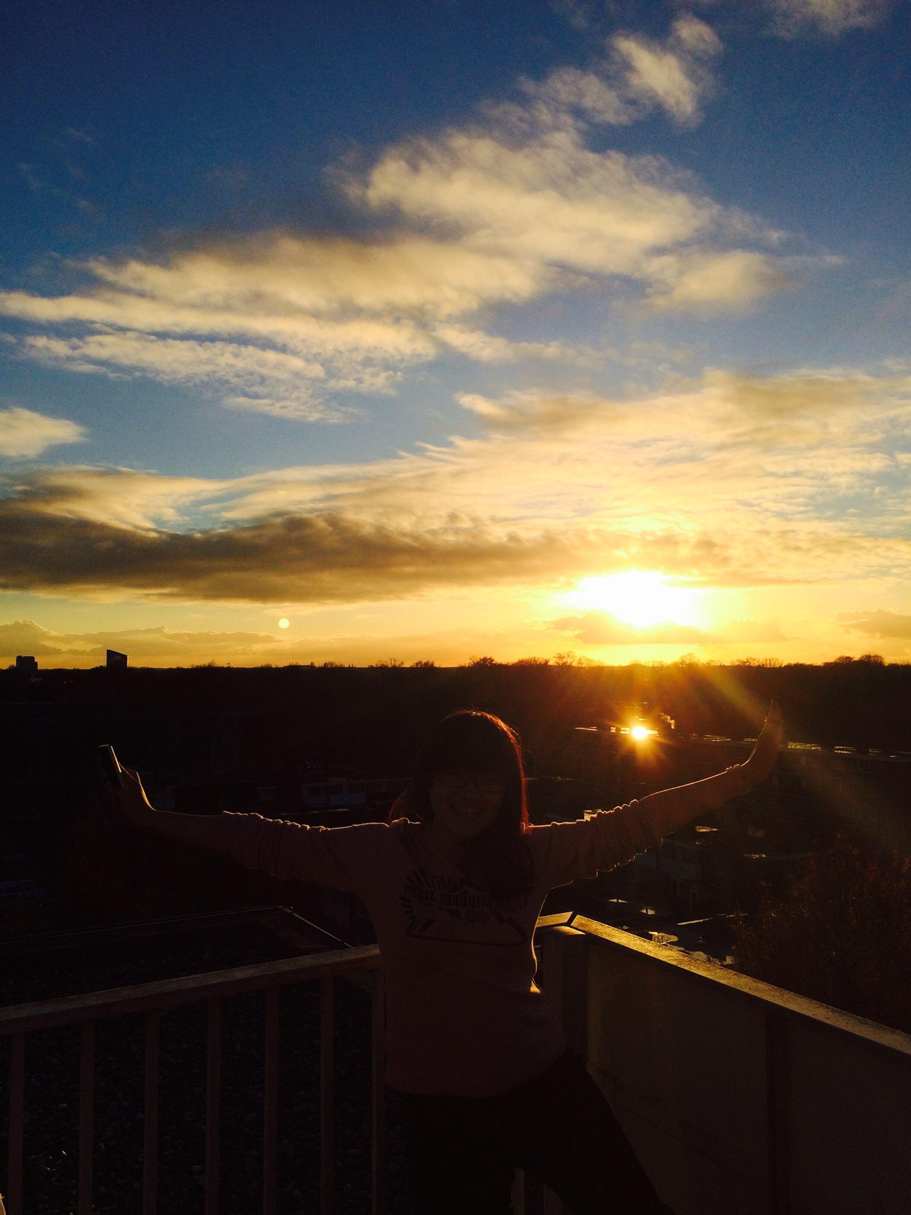 sunset, sky, cloud - sky, transportation, land vehicle, building exterior, mode of transport, built structure, car, architecture, cloud, orange color, silhouette, sun, cloudy, dusk, no people, nature, outdoors, sunlight