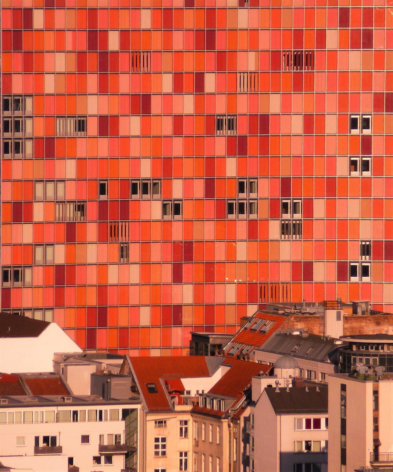 Apartment Architecture Building City Cityscapes Red Residential Building Residential Structure Side By Side The Architect - 2016 EyeEm Awards EyeEm Best Shots EyeEm Best Edits Fine Art Eye For Detail Showcase June Fine Art Photography Home Is Where The Art Is Colour Of Life A Bird's Eye View TakeoverContrast Capture Berlin The Architect - 2017 EyeEm Awards
