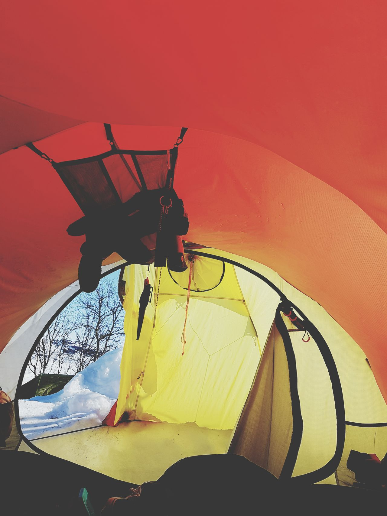 No People Outdoors Day Close-up Snow Snowboarding Snowboard Beauty In Nature Tent Sunset Winter Mountain Sea Adults Only Nature Sky Adventure Cold Temperature Fisherman Sunlight Portrait Clear Sky Blue