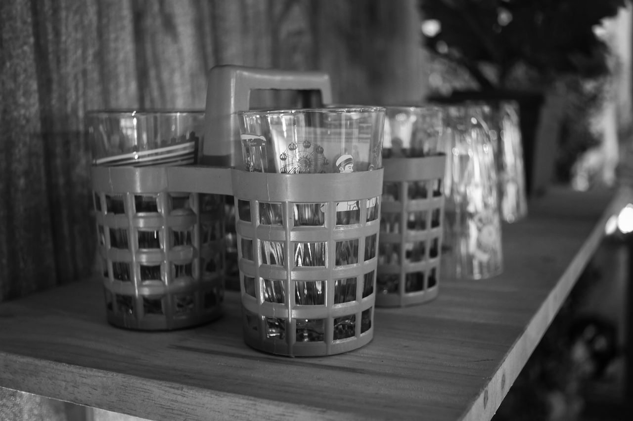 table, wood - material, indoors, focus on foreground, no people, drink, day, close-up, tree, freshness