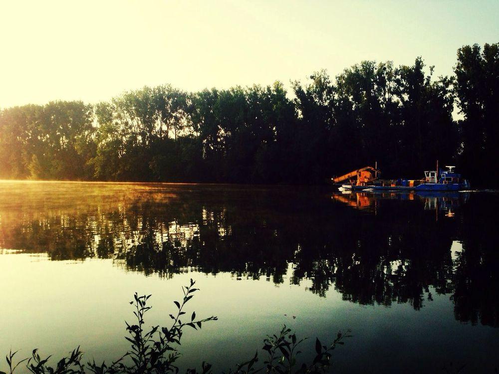 Boat dawn...