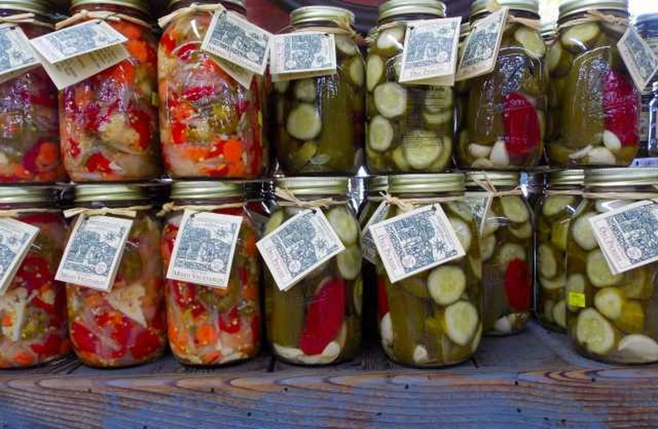 Country Roads Farm Markets Can It! Things Organized Neatly