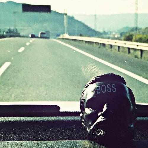Boss On The Road él siempre me acompaña