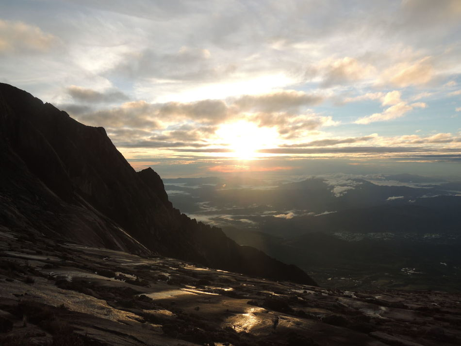 Real People People Outdoors Nature Lifestyles Leisure Activity Hiking Beauty In Nature Boulder - Rock Tranquility EyeEmNewHere The Great Outdoors - 2017 EyeEm Awards Mountain Panorama Magma Granite Live For The Story Landscape BYOPaper! Mount Kinabalu EyeEm Nature Lover EyeEm Best Shots The Great Outdoors - 2017 EyeEm Awards