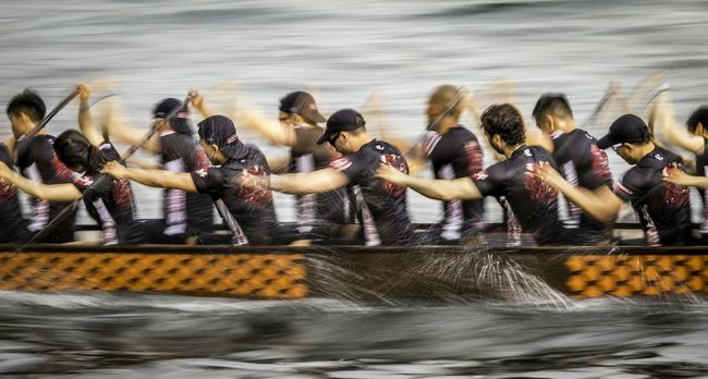 Race Against Time Boatrace Dragonboatraces Games Watersports Dragonboat People Racing