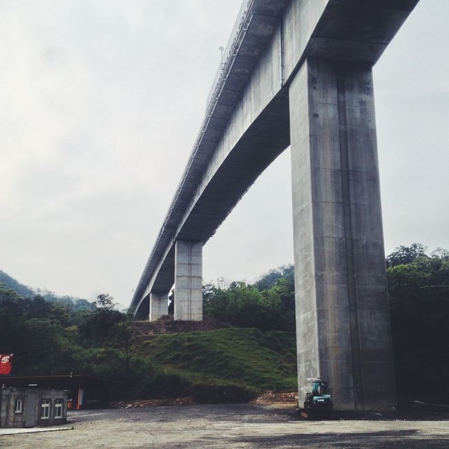 Architecture Bridge Bridge - Man Made Structure Building Exterior Built Structure Car Connection Day Engineering Land Vehicle Low Angle View Mode Of Transport No People Outdoors River Road Sky Street Transportation Tree