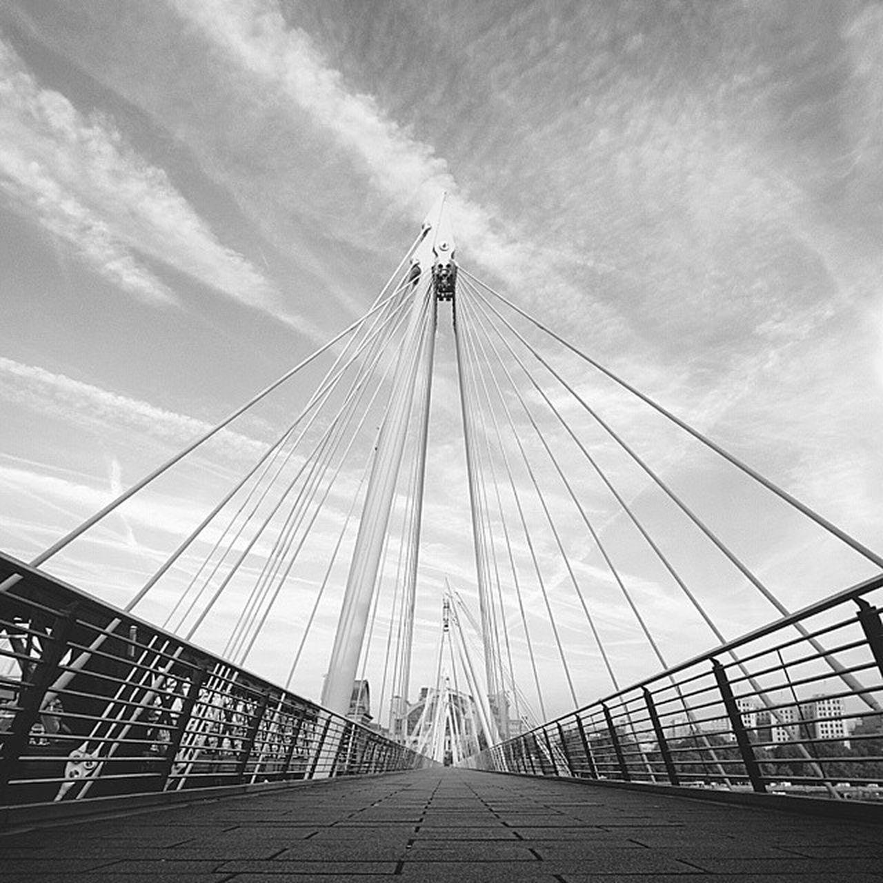 Shot on @moment_lens wide London Hungerfordbridge Bw Momentwide