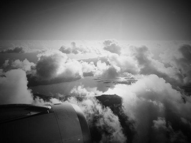 Nearing final approach to Auckland International Airport. Akl Air NZ
