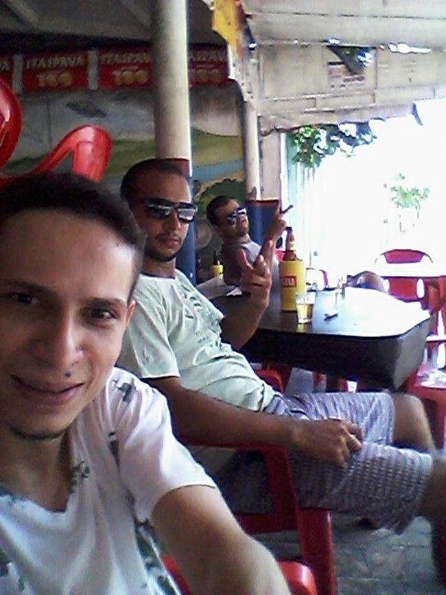 Bestfriend Beer Brothers Drinking em Casarão Bar
