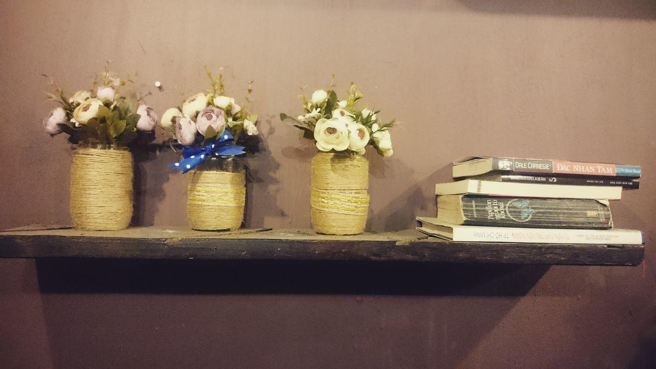flower, vase, table, indoors, still life, no people, arrangement, close-up, freshness, flower head, day
