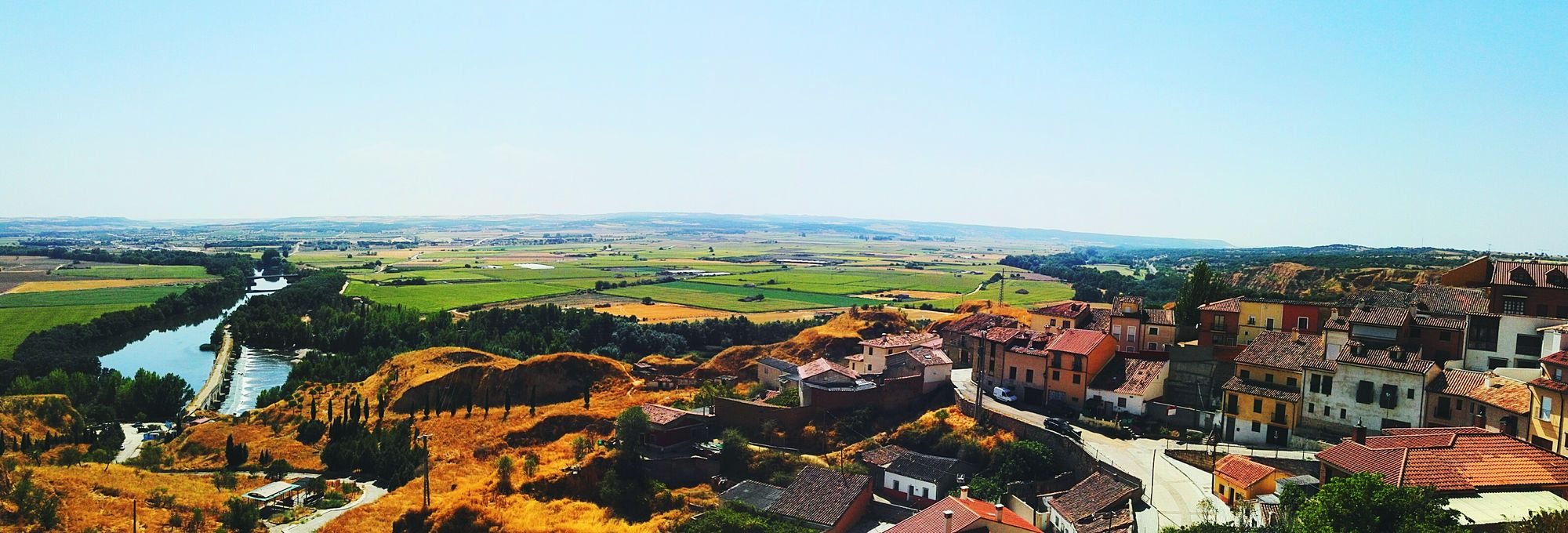 Huaweiphotography Panorama SPAIN Spanish Architecture Autumn Fall Colors Village Outdoors From Above  Small Houses Nature Tree