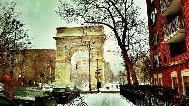 Snowy Days... Washington Square Park Arch