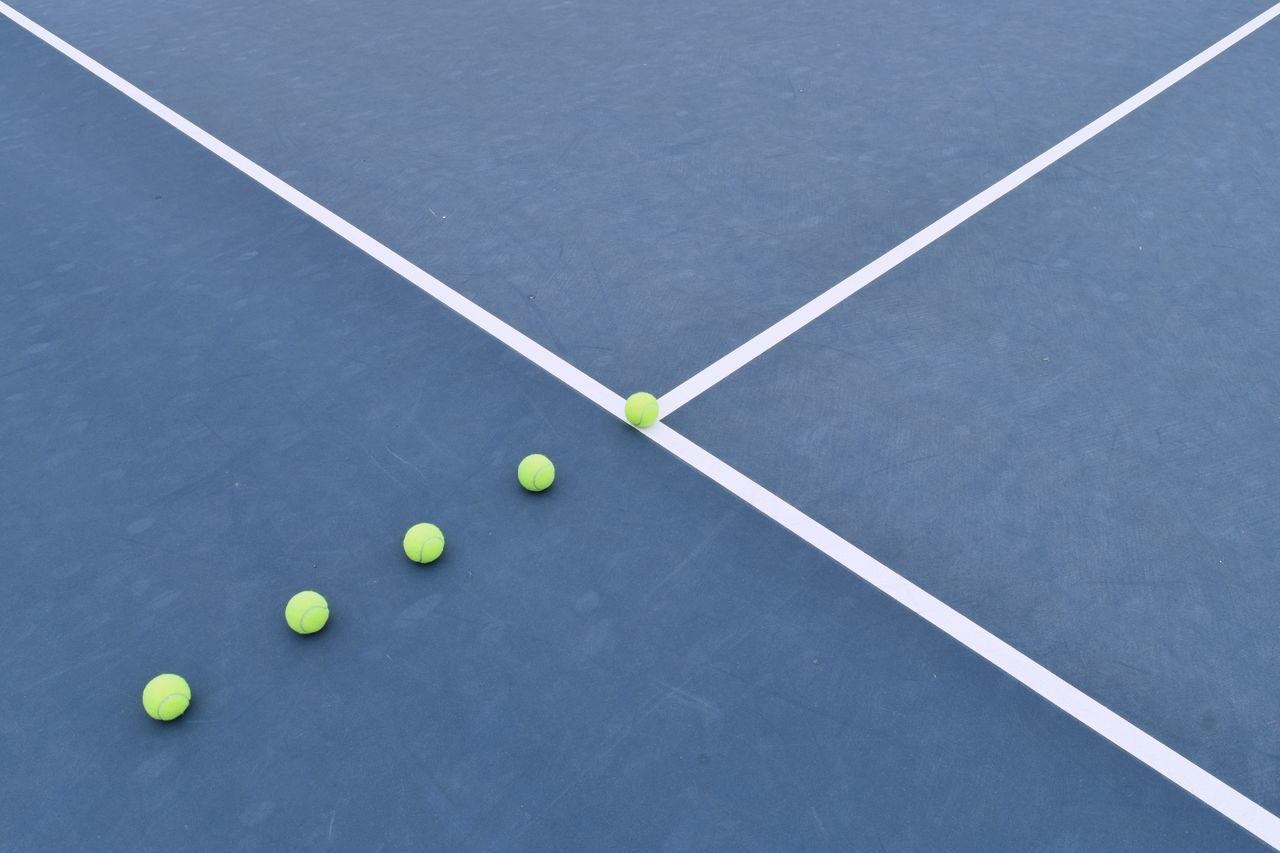 abstract Andy Murray blue d5500 Exercise From My Point Of View geometric shape hobbies minimal minimal obsession minimalism Nikon Nikon d5500 Olympics Scotland Scotland flag sports symmetrical symmetry Telling Stories Differently Tennis tennisball tenniscourt The Color Of Sport