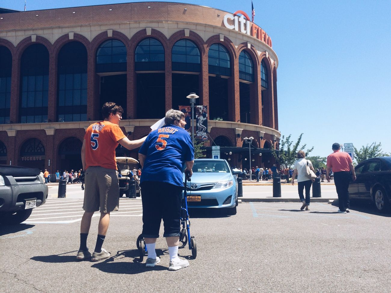 RePicture Wealth taking Grandma to see the Mets