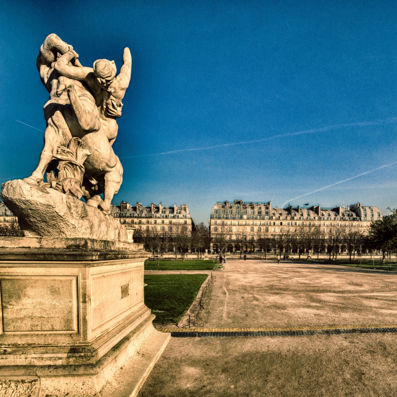 statue, sculpture, outdoors, architecture, building exterior, built structure, day, history, no people, sky, blue, tree