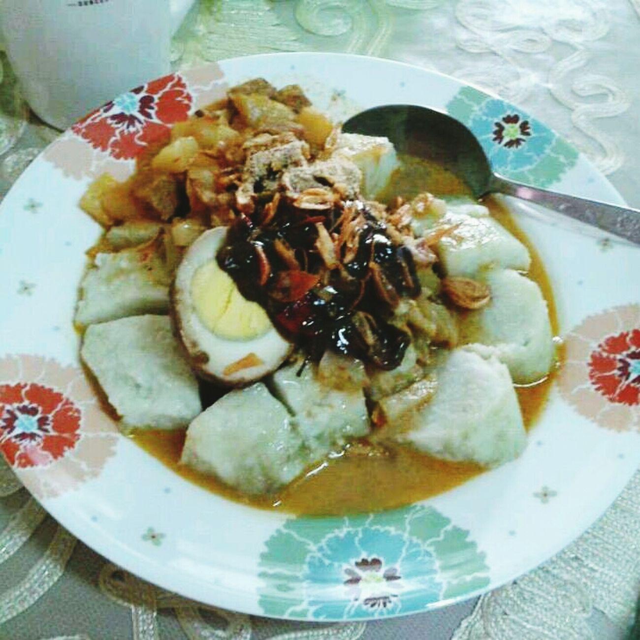 miss 'lontong sayur'.. my village food.... Hello World Enjoying A Meal