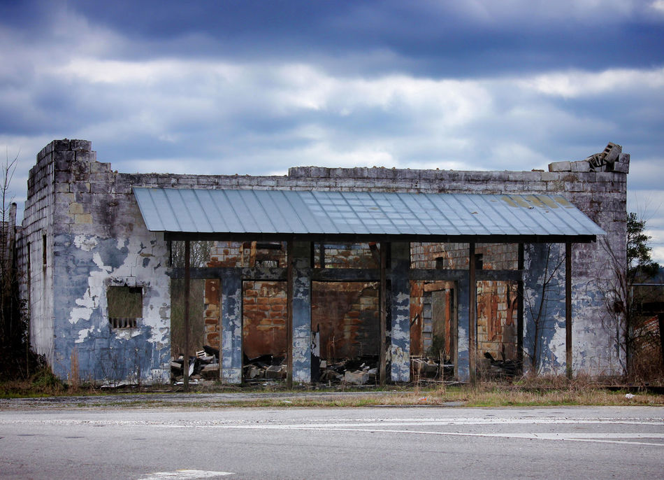 A cool abandoned place. Abandoned Architecture Building Exterior Built Structure Cloud - Sky No People Old Buildings Outdoors Run Down Run Down Places Sky