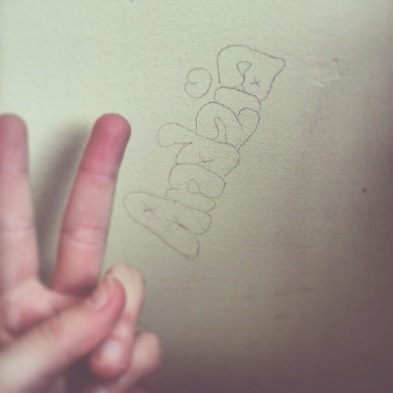 Tak Bardzo Twóczy Podpis Słówkiem Na ścianie Prace Love Nudyy : * 😕