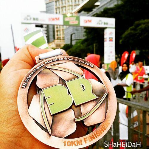 10km Finisher Medal 3r International Marathon Putrajaya, Malaysia That's Me Enjoying Life Runwithyourheart Iamthefatrunner