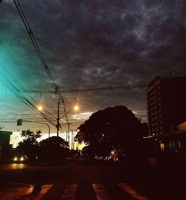 Morning. Vscocam Vscocambr Komfotografias Photography Photo Fotografeumaideia Instagram Instagrambrasil Instagoodmyphoto Peoplescreatives Exploretocreat Londrinando Londrina Sky Clouds