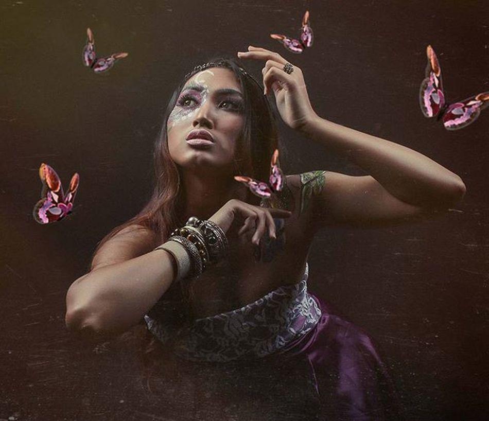 Huscyendra Butterflies Photostudio Facepainting Darkscene