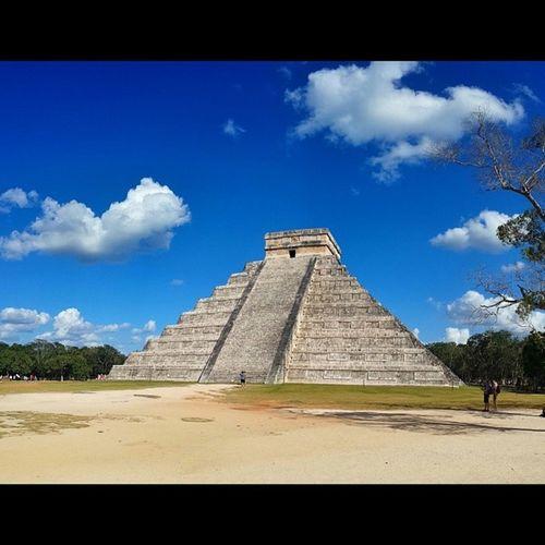 ..this is where I've been hiding all weekend!! Chichenitza Mayanruins Bookofmormonstories Tresmas dosmuchos