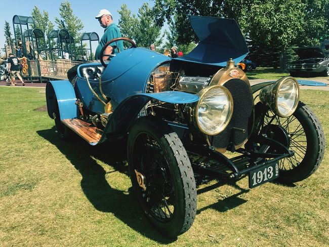 Vintage Bugatti Buggati Old-fashioned Transportation Outdoors Land Vehicle Tree Grass Day Adult People Adults Only