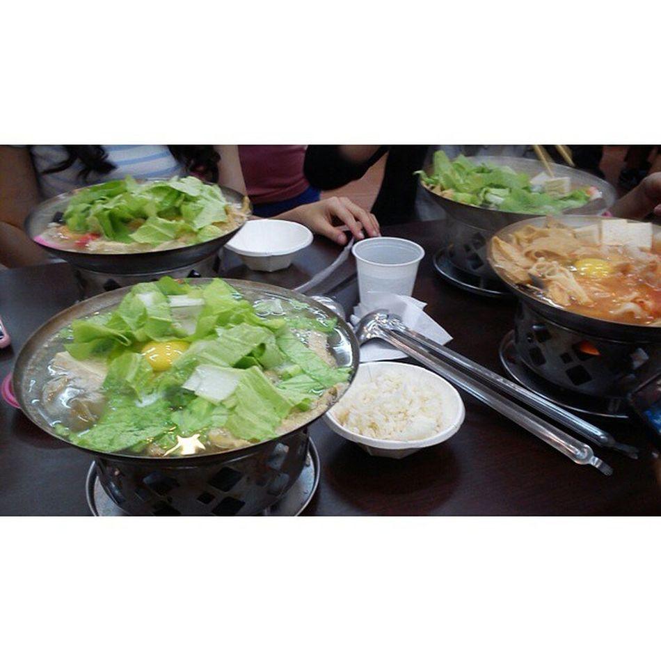20141016 宜庭愛吃 找不到人一起吃薑母鴨 就吃火鍋吧