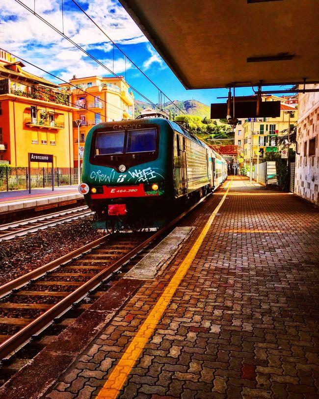 Train Public Transportation Railroad Track Transportation Mode Of Transport Built Structure Architecture Travel Public Transport Sky