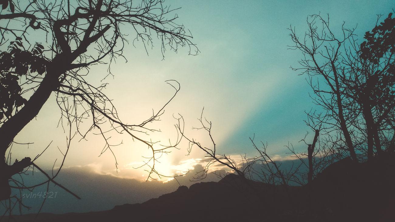 Sunset #sun #clouds #skylovers #sky #nature #beautifulinnature #naturalbeauty #photography #landscape Falling Asleep Svln4821 Vintage Photo